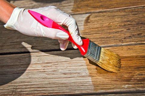 Как защитить древесину от внешних воздействий