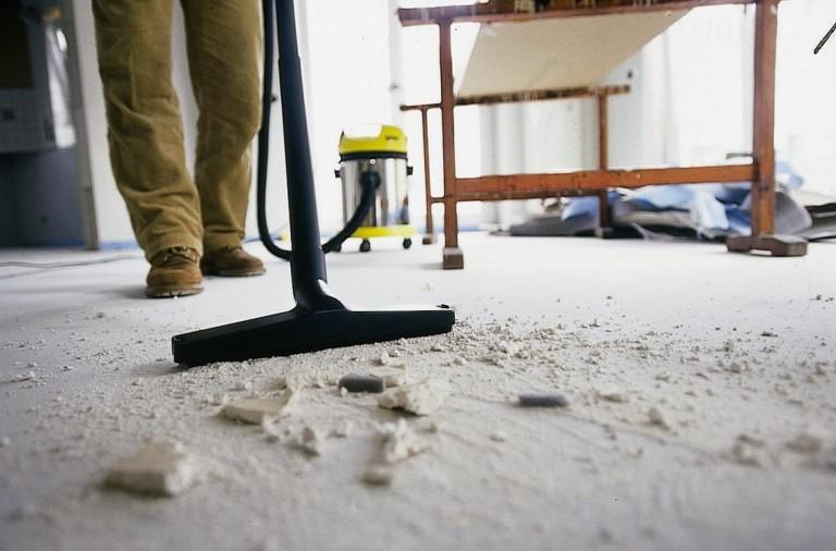 Профессиональная уборка помещения после ремонта
