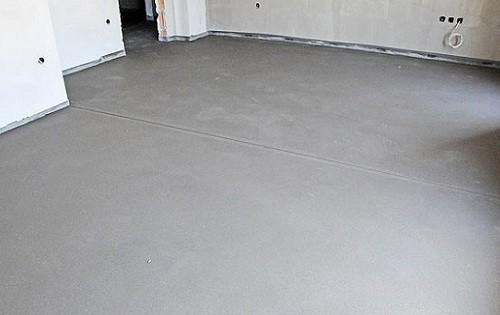 Основные нюансы выполнения бетонной стяжки пола