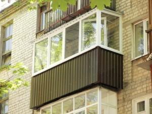 Некоторые рекомендации по отделке балкона профилированным листом